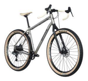 Seguro Bicicleta - Imagen de una bicicleta de titanio con fondo blanco